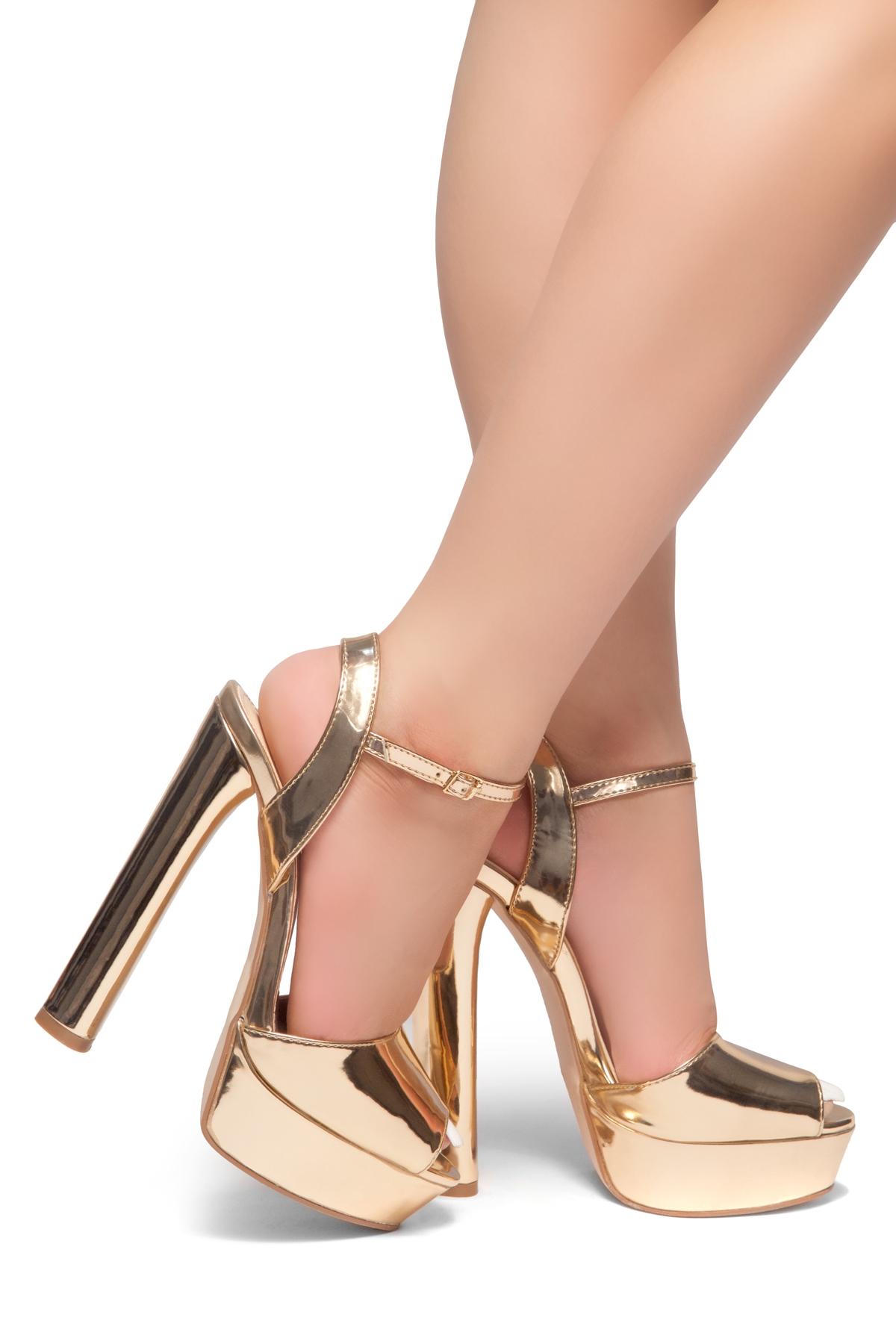 639d1a997fc335 HerStyle CHASITY-Peep Toe Platform Heel (Rose Gold)