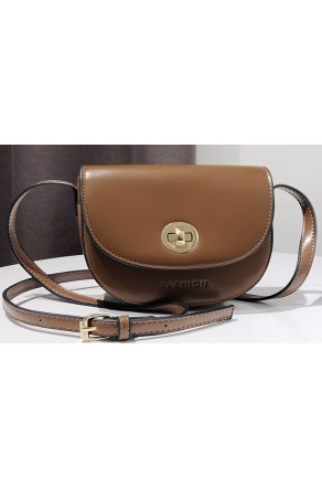 SZ14-LH2-16336- Women's Classic Saddle Bag Purse (Brown)
