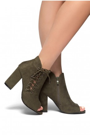 HerStyle Snoorrii Side Lace up Toe Peep Toe Chunky Heeled Booties (Olive)