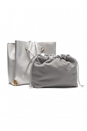 SZ11-41409- Large  Metalic Faux Leather Tote. (Silver)