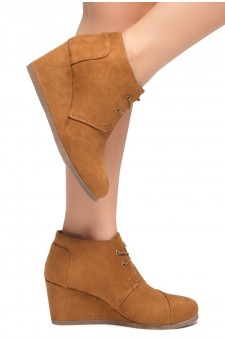 HerStyle Corlina-Round toe, wedge heel booties (Cognac)