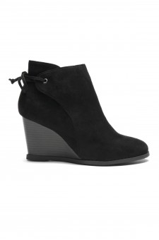Women's Tynte Lace-Tie Wedge Chukka Boot - Black