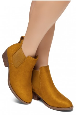 8869f4ecf1e HerStyle Chelsea Booties-Casual Ankle Booties With Low Stacked Heel Almond  Toe (Tan)