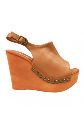 Women's Tan Manmade Mystty 5-inch Wedge Sandal with Vintage Accents