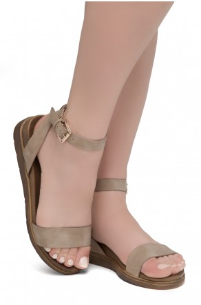 Shoe land Needed Me- Ankle Strap Flat Platform Sandal (Natural)