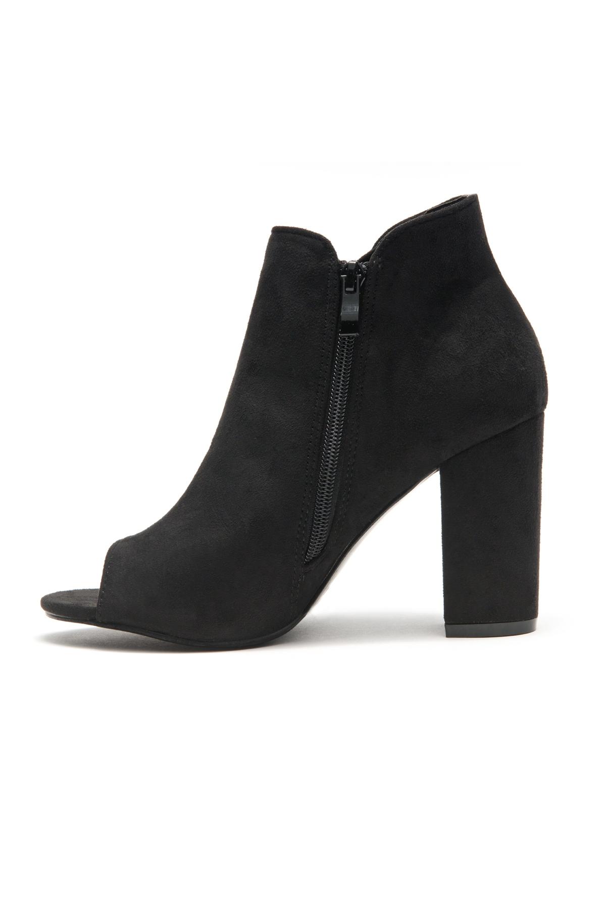 Snoorrii Side Lace up Toe Peep Toe Chunky Heeled Booties (Black)